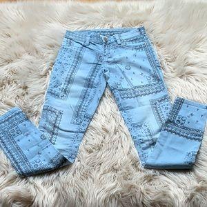 Blank NYC Bandana Print Jeans size 24